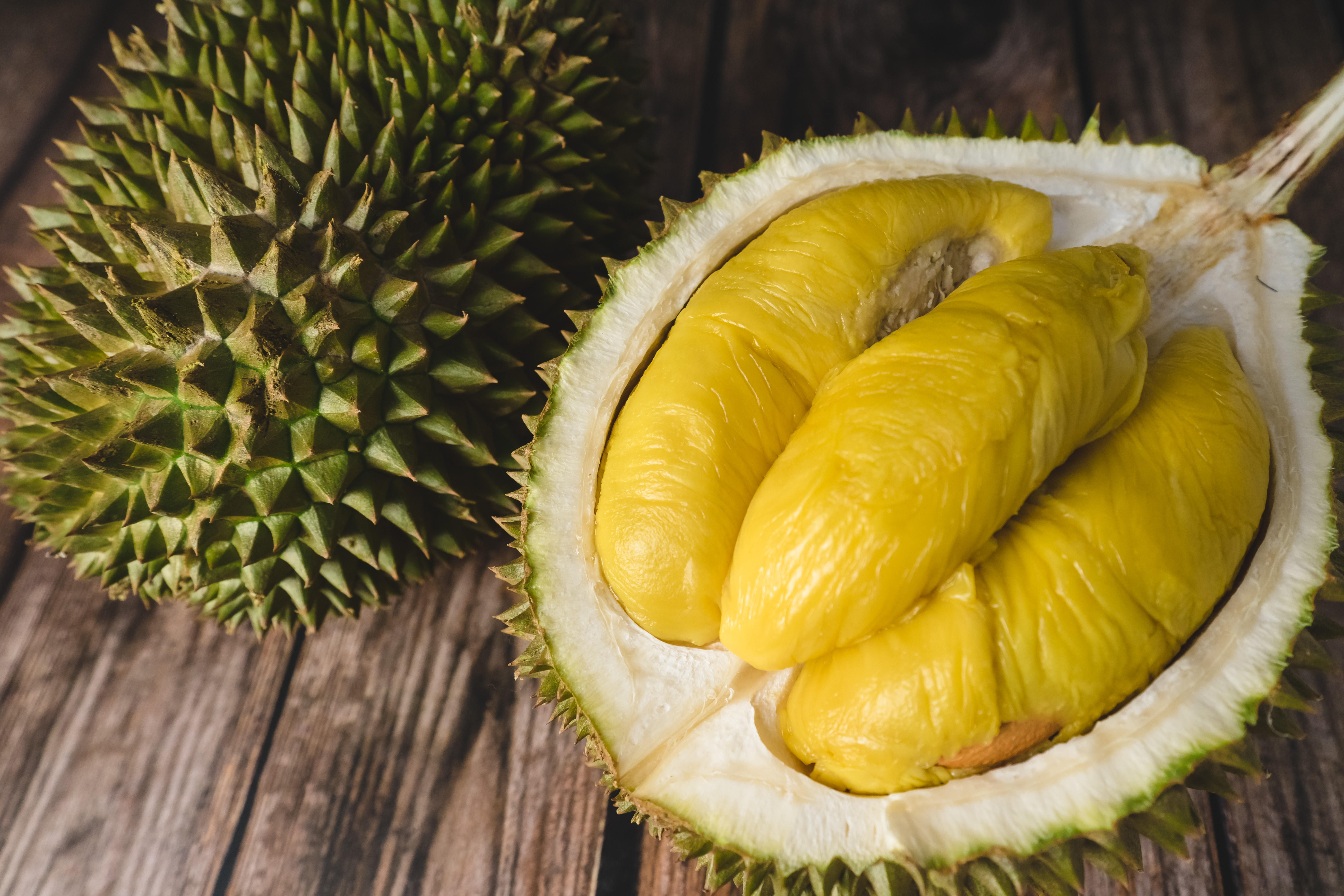 After Falling In Love With Durian In Malaysia, Japanese Yougaleryr Hunts For It In Hong Kong